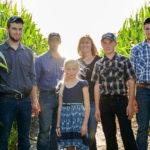 FamilyShoot_FarmCorn